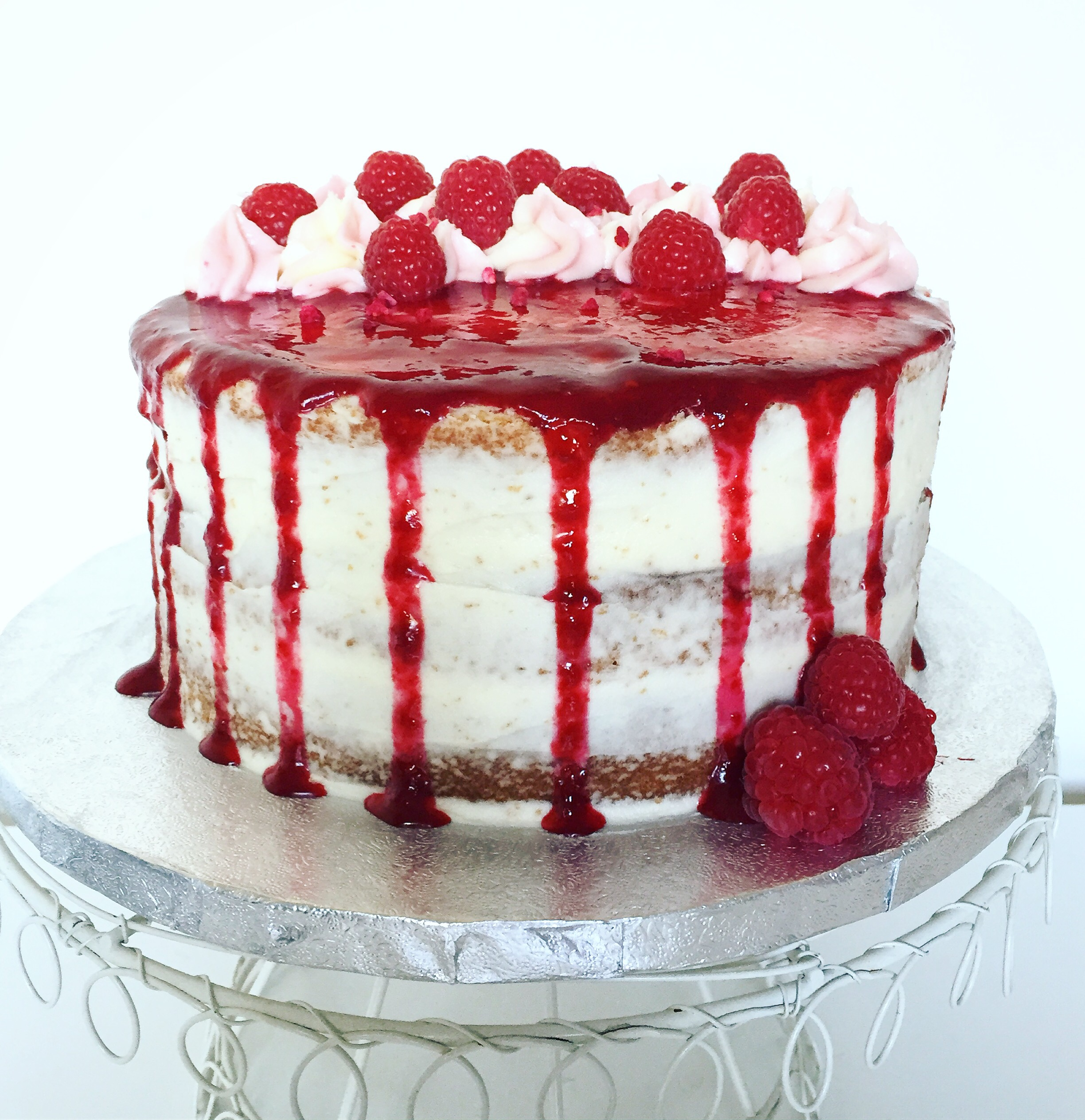 How To Bake A Two Layer Cake